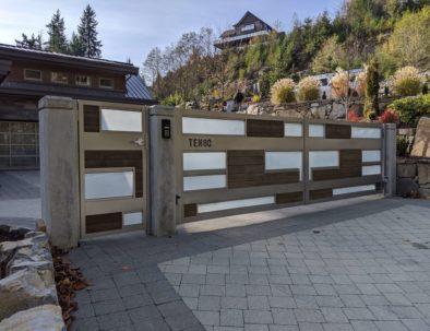 Driveway Gate & Pedestrian Door, Anmore